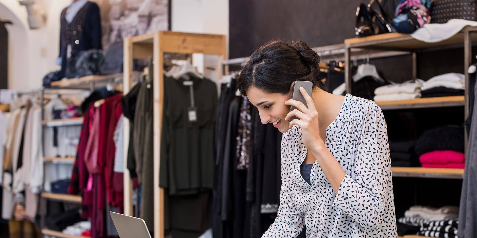 Why retailers need to go mobile: data roundup
